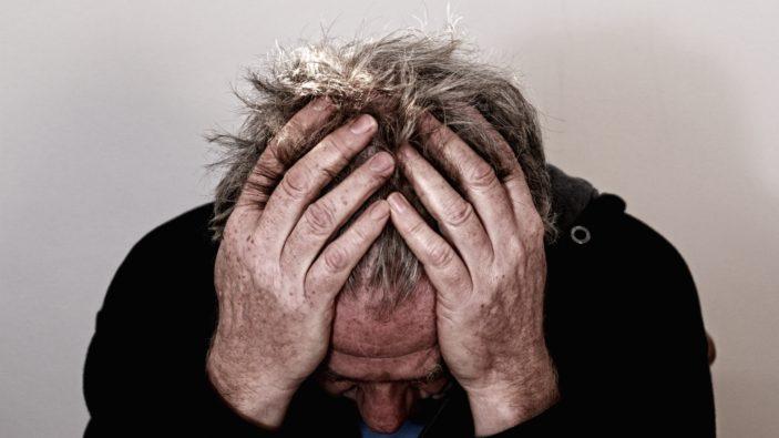 Le burnout, état des lieux à l'hôpital, définition et traductions cliniques