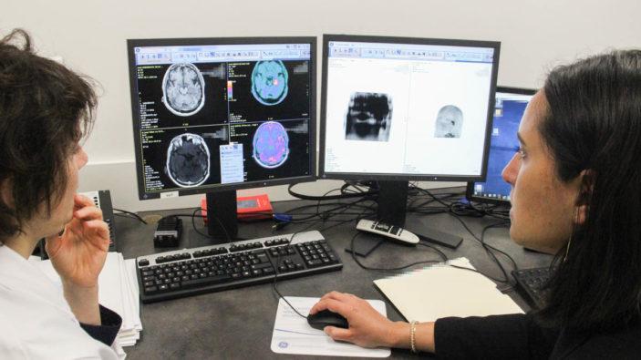 Collaboration radiologue-médecin nucléaire : la TEP-IRM voit double